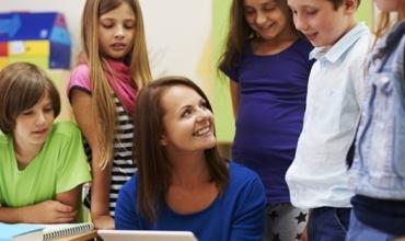 Zakone të përditshmërisë, të cilat ju ndihmojnë të ndiheni të lumtur me profesionin dhe nxënësit tuaj
