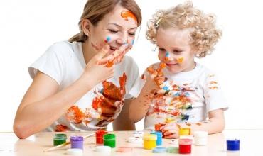 Aktivitete dhe lojëra për fëmijë aktiv gjatë periudhës së verës, mosha 6-18 muajsh