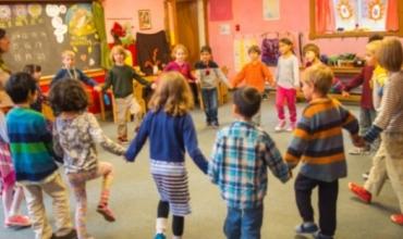 Waldorf, metoda alternative e mësimdhënies që nuk përdor asnjë libër deri në klasë të gjashtë