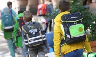 Koronavirusi dhe dilemat për vitin e ri shkollor/ Në Amerikë dhe Gjermani rifillon mësimi nëpër klasa