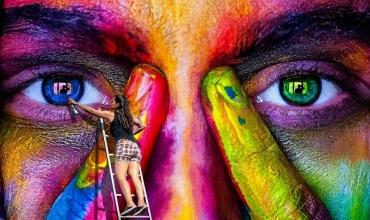 Pse arti na bën më njerëzorë? Nga Drilona Abazaj