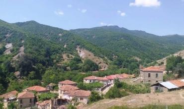 Grapshi, fshati shqiptar i mbi 200 arsimtarëve i lënë në harresë