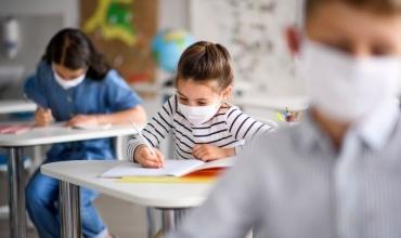 Si mund t'i ndihmojnë prindërit fëmijët e tyre gjatë këtij viti shkollor?