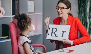 Hapen procedurat e rekrutimit të punonjësve të shërbimit psiko-social, numri i tyre në shkolla do dyfishohet