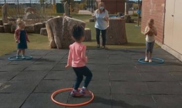Lojëra për nxënësit duke respektuar distancën sociale