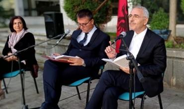 "Akademiku Sabri Hamiti promovon veprën ""Naim Frashëri"", 120 vjet nga amshimi i poetit kombëtar"