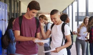 Ndihmoni nxënësit të mësojnë si shmanget plagjiatura përmes këtyre mënyrave