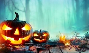 Halloween-i po afron, ja disa ide festimi me fëmijët tuaj në shtëpi