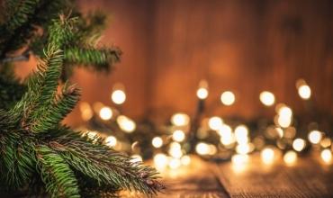 Krishtlindja, festa e shenjtë e paqes dhe e dashurisë, zanafilla dhe traditat