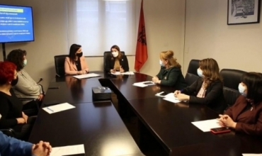 Ministrja Kushi për mësimin online: Kërkojmë solidaritetin e studentëve