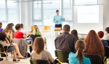 Qendra e Trajnimeve Albas vazhdon të zhvillojë trajnimet mbështetëse për Provimin e Kualifikimit
