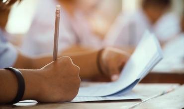 Test, 100 pyetje ndihmëse për kualifikim