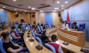 Matura Shtetërore 2021, Ministrja Kushi bashkëbisedim me maturantët për procesin e organizimit
