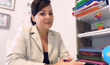 Rudina Koromani: Kritika kritikës së ashpër të mësuesve