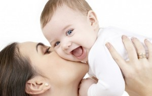 Fëmija zgjohet duke qarë, ja si mund ta qetësoni