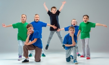Shkolla si Qendër Komunitare, plan veprimtarie për klasat e treta në lëndën e kërcimit