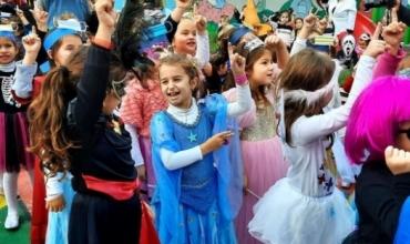 Halloween dhe aktiviteti i maskave, Entela Skora Abazi:  Zgjedhja pse fëmijët e mi sot festojnë