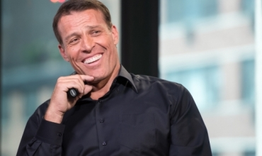Si të jeni të suksesshëm në jetë nga Tony Robbins