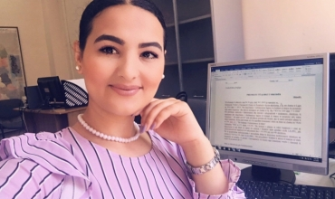 Studiuesja Rovena Dokollari: Teoritë dhe strategjitë e mësimdhënies dhe nxënies përmes internetit
