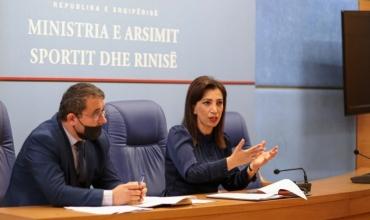 Ministrja Kushi takon rektorët e universiteteve: Projekte dhe më shumë angazhim për mbylljen me sukses të vitit akademik