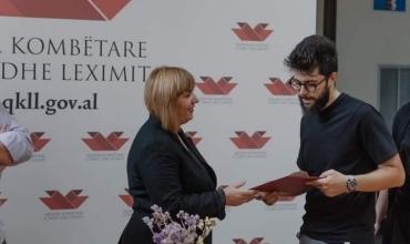 QKLL shpall tre fituesit e fondit për autorët e rinj, mes tyre edhe Dionis Prifti nga Albas