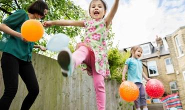 Vera është koha kur fëmijët ndërtojnë kujtimet, këto veprimtari argëtuese do mbeten të paharrueshme