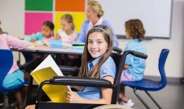 Këshilla për rikthimin në shkollë të fëmijëve me AK