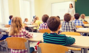 Numri i nxënëseve bie me shpejtësi, popullata e ciklit 9-vjeçar 5-14 vjeç tkurrje me 2.1% brenda një viti