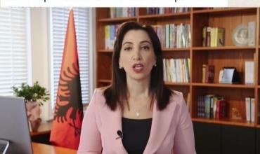 Ministrja Kushi jep lajmin e rëndësishëm: Nga e hëna e javës së ardhshme do të zhvillohet mësim normal në të gjitha shkollat e vendit, pa turne dhe me kohëzgjatje normale të orëve mësimore